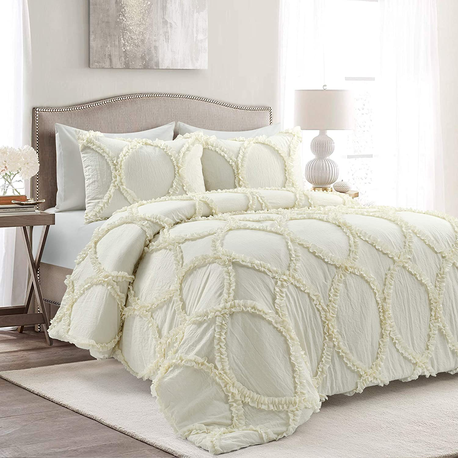 Lush Decor Ivory Riviera 3-Piece Comforter Set, Luxury Bedding (King)