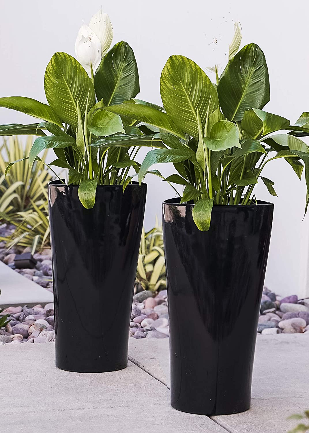 XBrand PL3479BK Nested Plastic Self Watering Indoor Outdoor Round Triangle Planter Pot w/Glossy Finish, Set of 2, 22 Inch Tall, Black