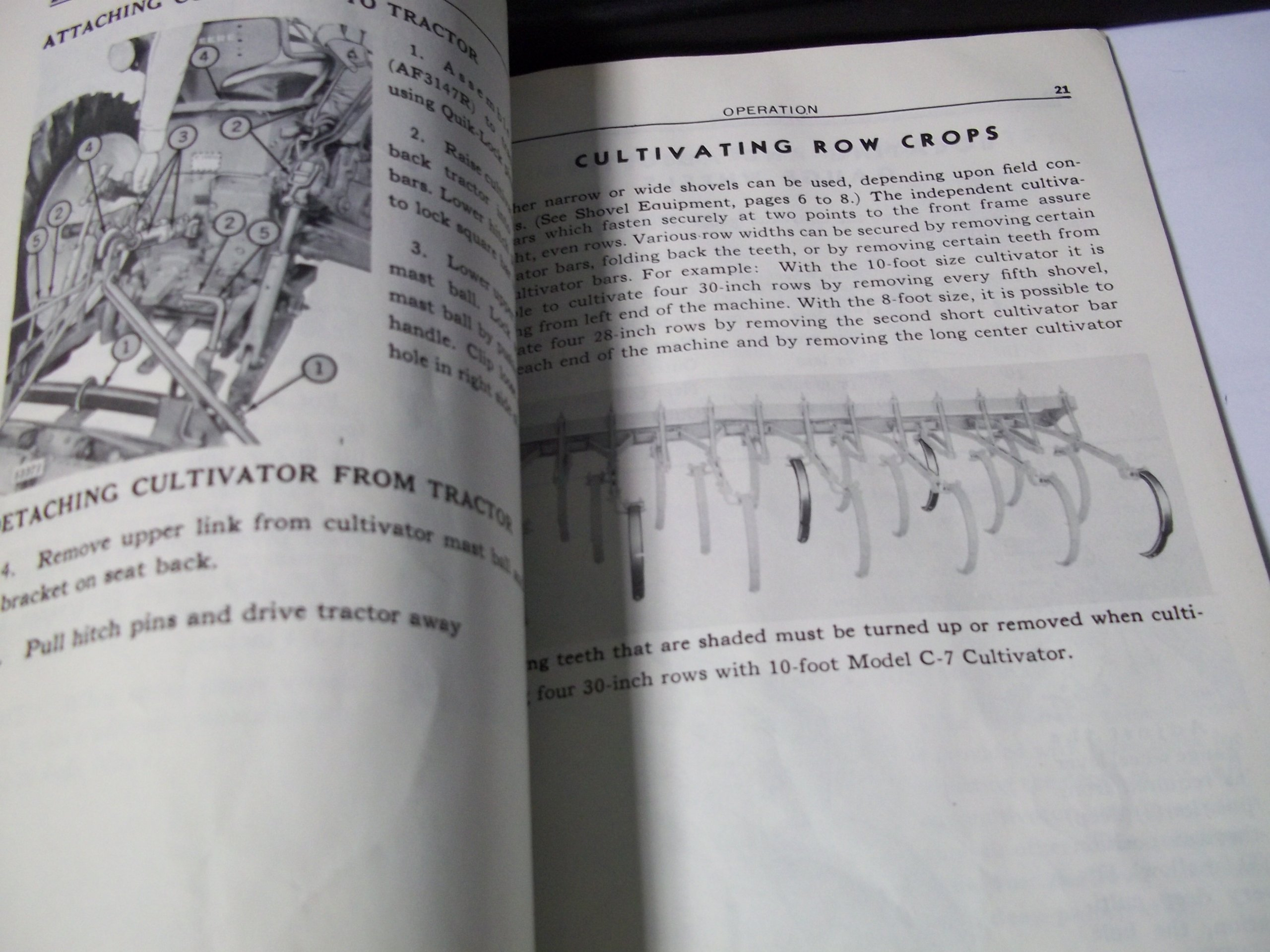 John Deere C7 Field Cultivators Operator/'s Manual