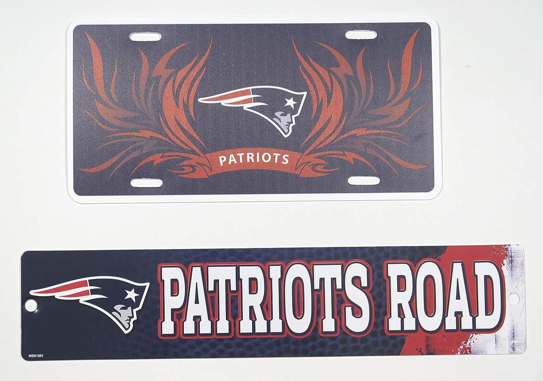 Large plexiglass Set of 2 New England Patriots Wall Signs