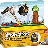 Angry Birds schwarzer Vogel mit Schleuder und Schwein, Ei, Bausteine, der Karton dient als Aufsteller