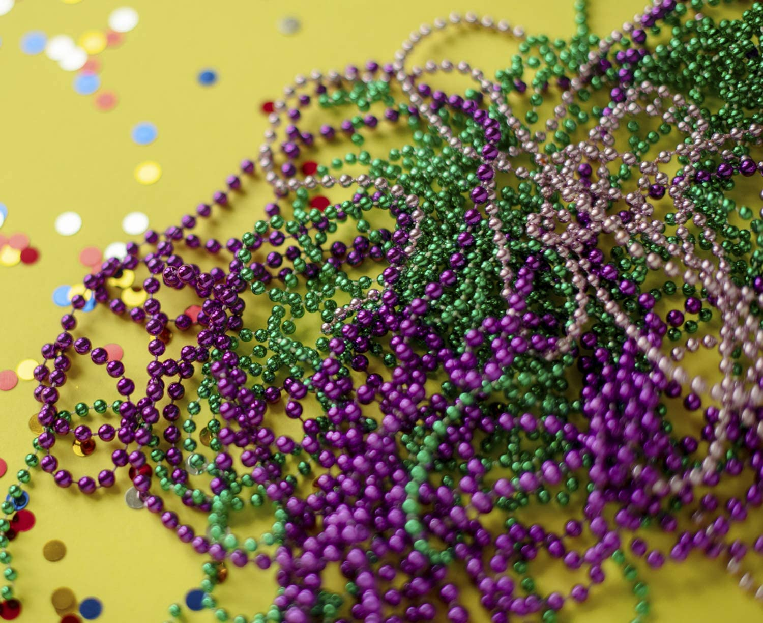 LSKOO 12 Pack of Metallic Round Mardi Gras Costume Necklace,Colorful Assorted Beaded Necklace 33 Inch 7 mm for Events and Party Favor