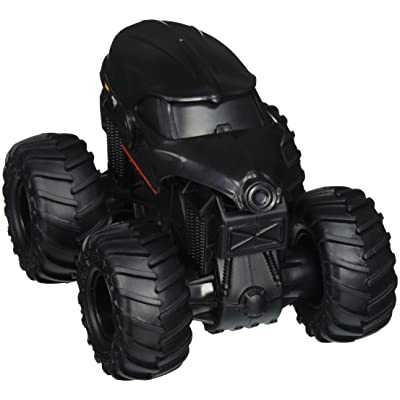 Hot Wheels Monster Jam Rev Tredz Doomsday Vehicle: Toys & Games