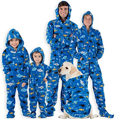 4222727d0 Amazon.com  Footed Pajamas - Family Matching School of Sharks Hoodie ...