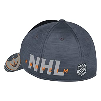 free shipping c2bec d5118 Amazon.com   Reebok Adult Men Playoff Team Cap   Clothing