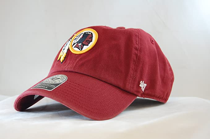 82ff997ecd555 Amazon.com  NFL Washington Redskins Vintage Washed Fitted Cap by  47 ...