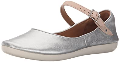 Clarks Womens Feature Film Mary Jane Flat Silver