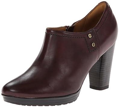 6511c8ab2 Amazon.com  Clarks Women s Lida Palmer Dress Bootie  Shoes