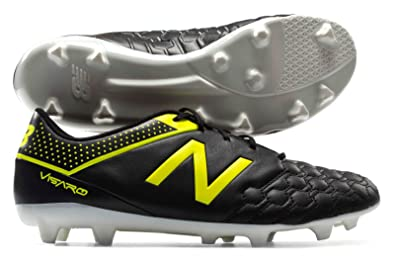 crampons de foot new balance