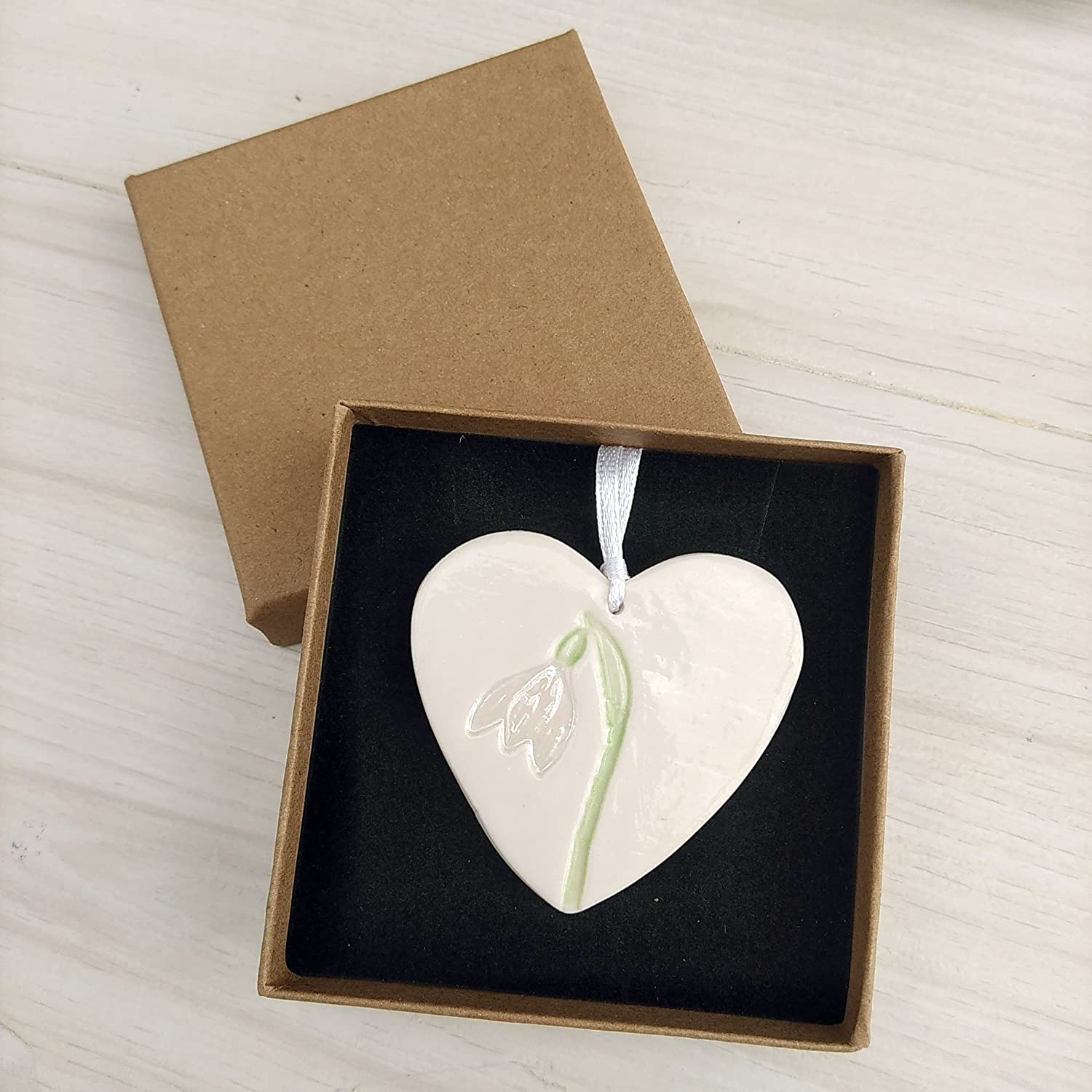 Snowdrop gifts - Ceramic Heart Hanging Decorations - Thank you Gift for Mum