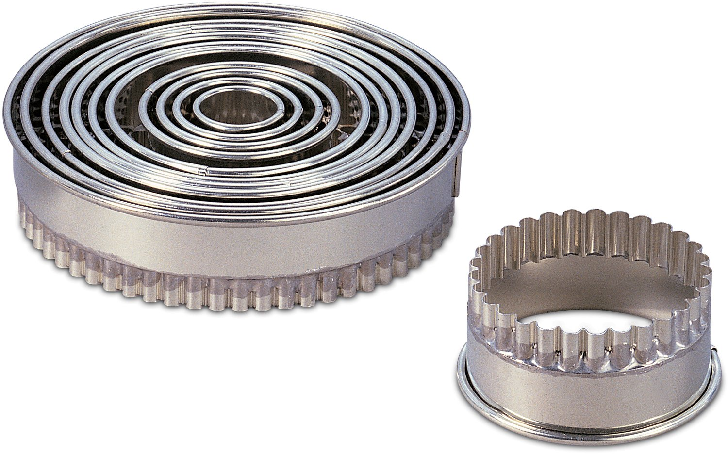 J.B. Prince T233 12 Tinned Steel 12-Piece Fluted Round Cutter Set