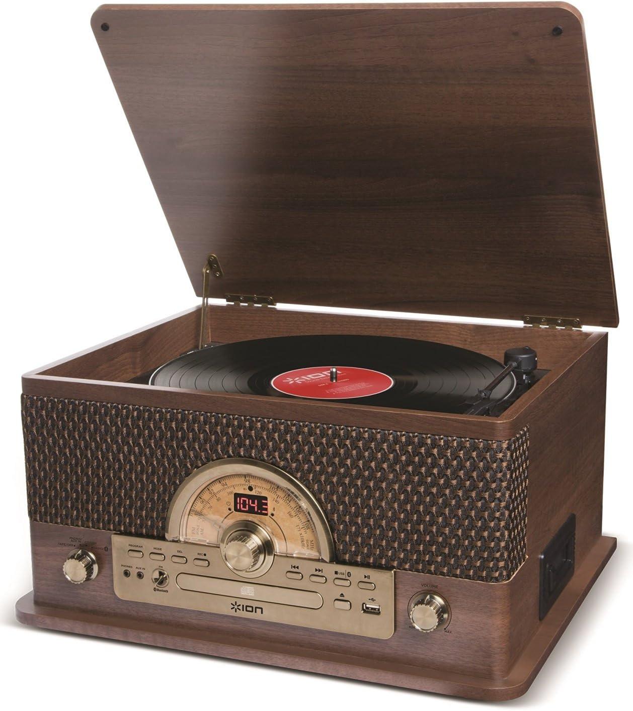 ION Audio Superior LP - Centro de Entretenimiento 7-en-1 con de Estilo Vintage con Altavoces Estéreo, Tocadiscos, Reproducción de Discos, CD, Cassettes y AM/FM Radio