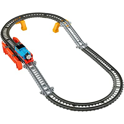 Fisher-Price Thomas & Friends TrackMaster, 2-in-1 Track Builder Set: Toys & Games