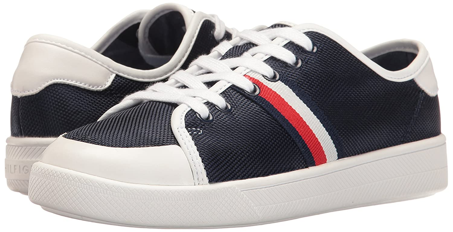 ad0e934b9 Amazon.com | Tommy Hilfiger Women's Spruce Sneaker | Fashion Sneakers