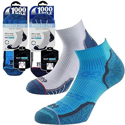 1000 Mile Womens Ultra Performance Socks Medium/Size 6-8.5 White/Blue