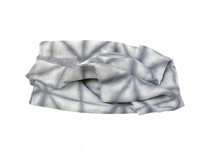 Arrullo de bebé de lino con dibujo gris, manta muselina de bebé de tejido natural