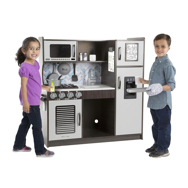 amazon com melissa doug wooden chef s pretend play toy kitchen rh amazon com