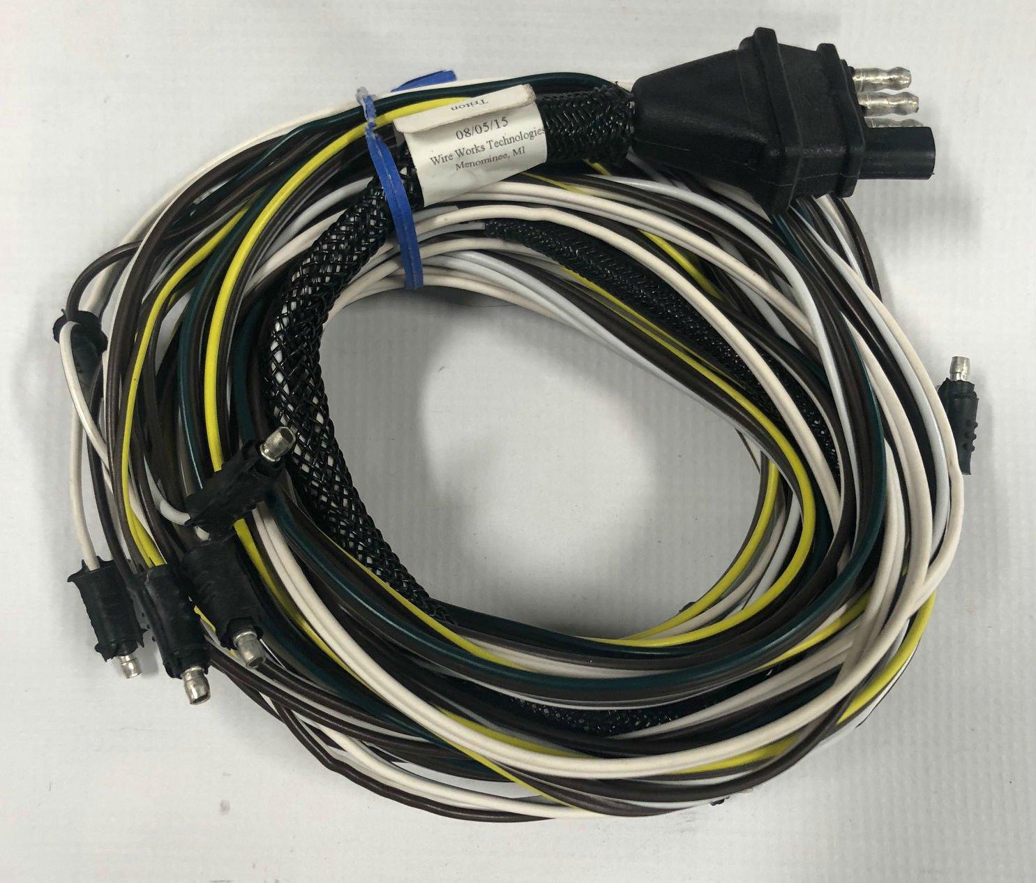 Amazon.com : Triton 08426 XT 4.5 Wire Harness : Snowmobile Trailer  Accessories : Sports & Outdoors