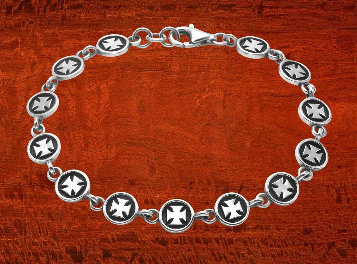 Wild Things Sterling Silver Pattee Cross Button Link 8.5'' Bracelet by Wild Things (Image #4)