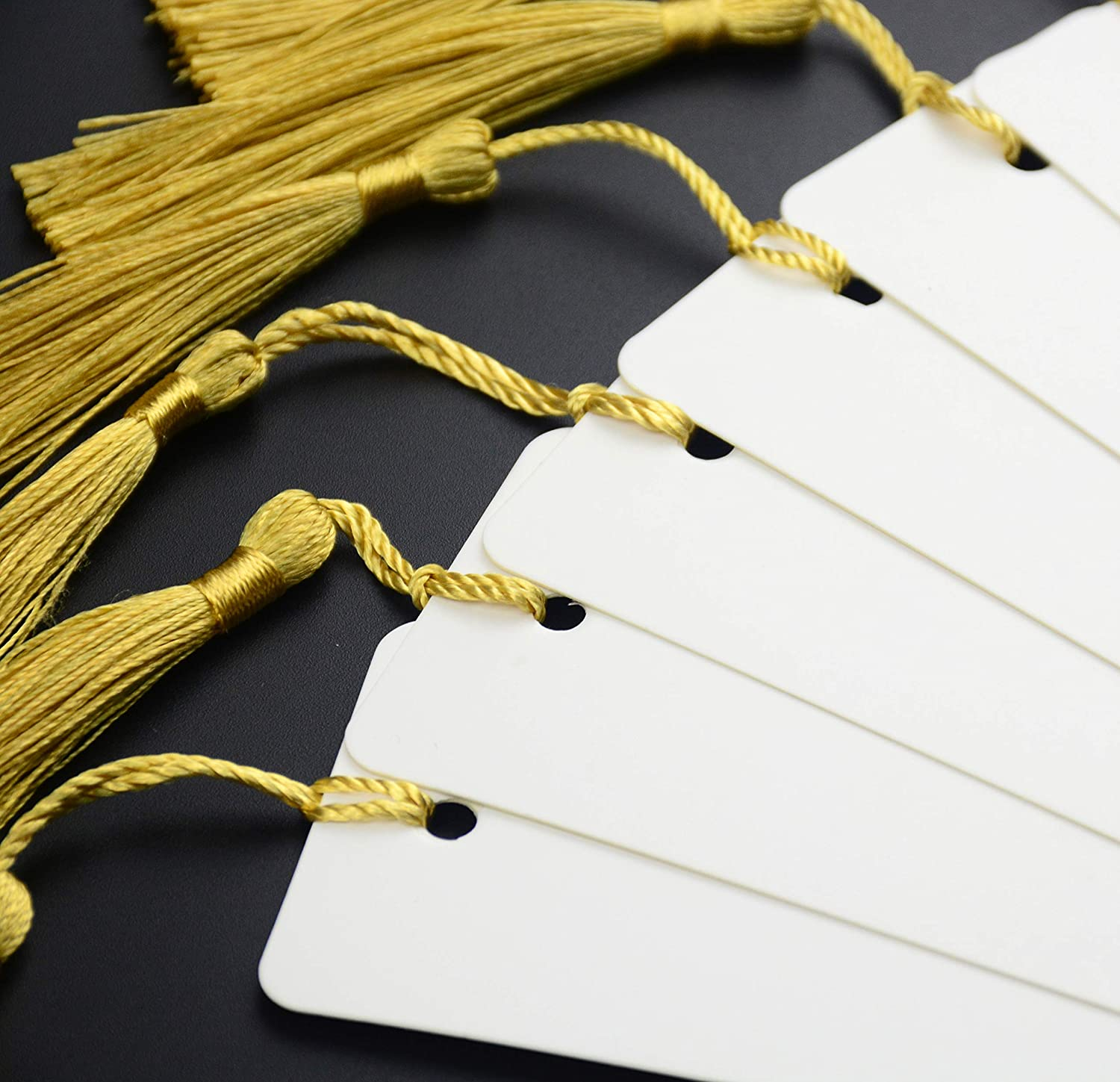 Makhry 100 Pcs Imported Rectangle Kraft Paper Bookmarks Gift Tags Wedding Favor Bonbonniere Favor Thank You Gift Tags with 100 pcs Tassels White/&Dark Green