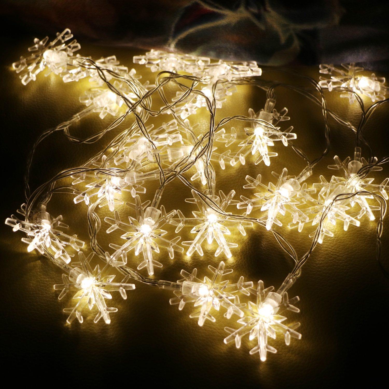 Groß Weiße Weihnachtsbeleuchtung Auf Weißem Draht Zeitgenössisch ...
