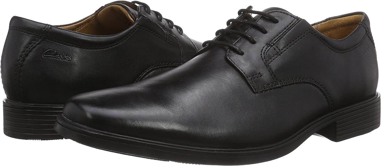 Clarks(クラークス)『ビジネスシューズ 革靴 レースアップ ティルデンプレイン』
