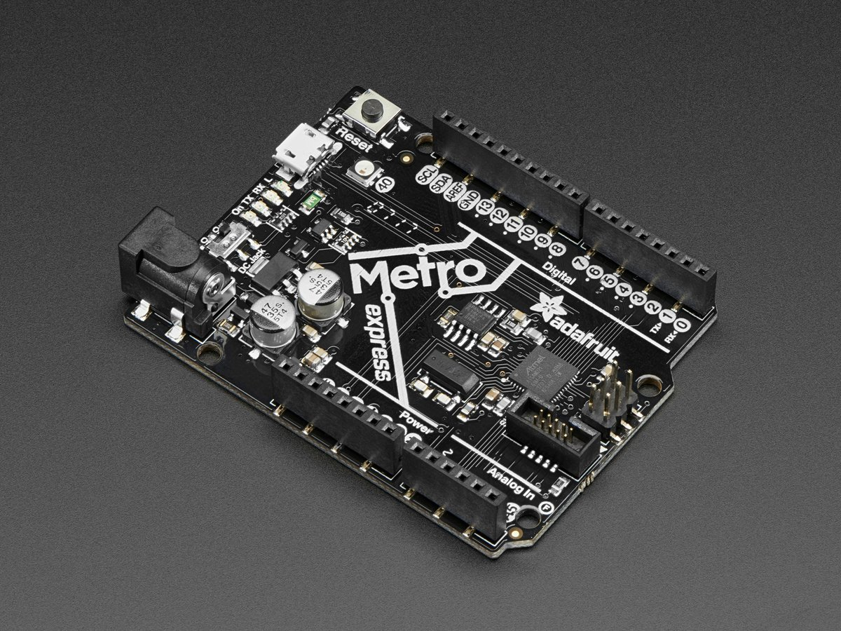 Adafruit (PID 3505 Metro M0 Express - Designed for CircuitPython - ATSAMD21G18