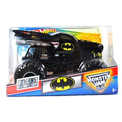 Hot Wheels Monster Jam Batman Batmobile 1:24 Scale Monster Truck: Toys & Games