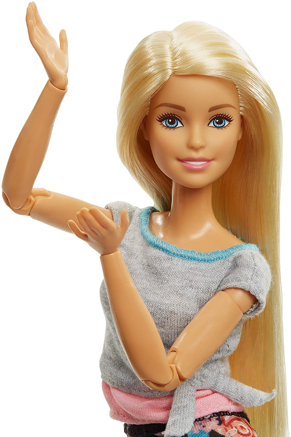 Amazon.es: Barbie Fashionista Made to Move, muñeca articulada rubia con top gris (Mattel FTG81): Juguetes y juegos