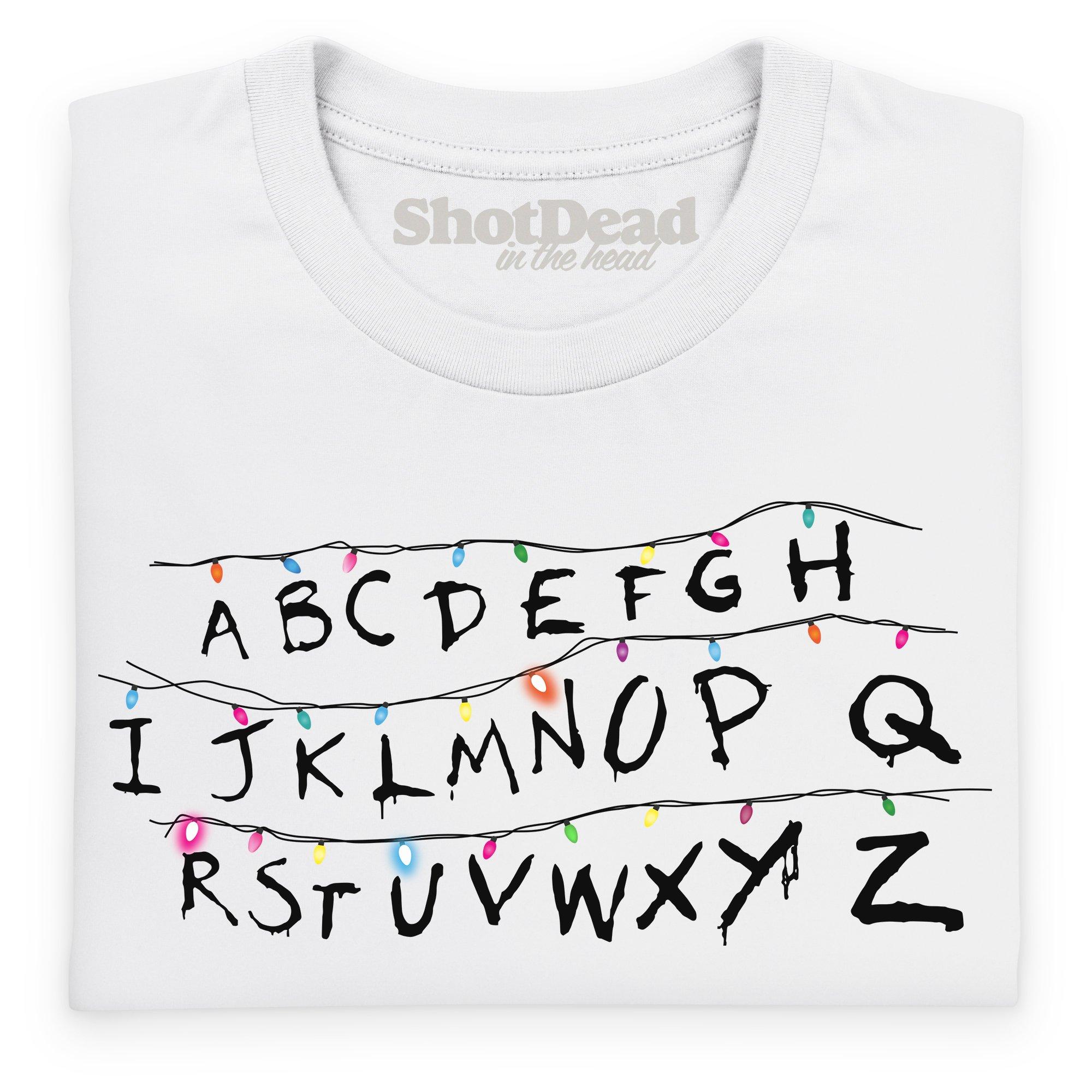 Inspired by Stranger Things Xmas Lights Camiseta, para
