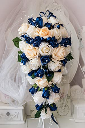 WEDDING FLOWERS BRIDES BOUQUET IN CHAMPAGNE AND NAVY BLUE ROSES ...
