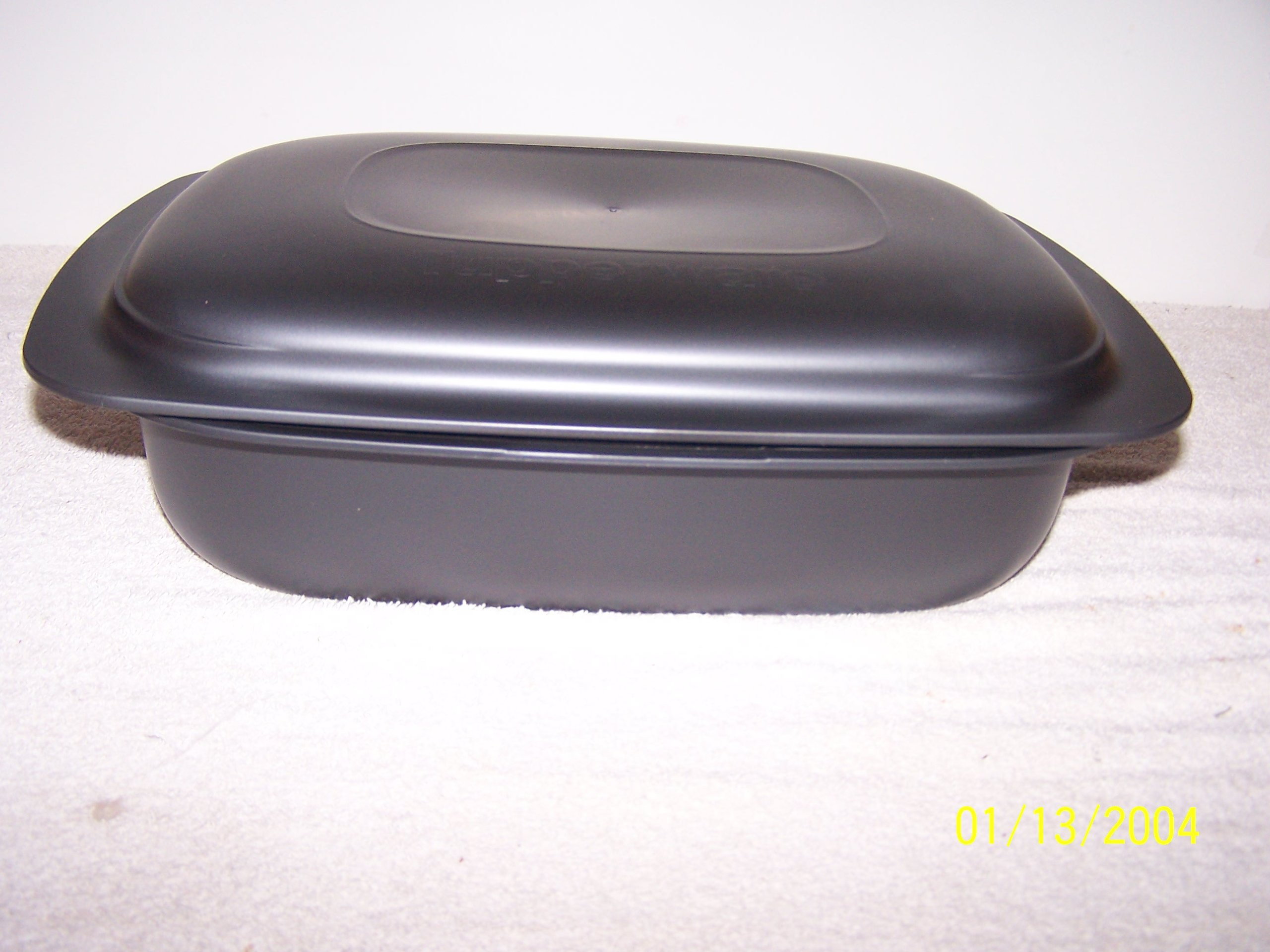 Tupperware UltraPro 3.5qt Lasagna Pan With Cover Cosmos by Tupperware