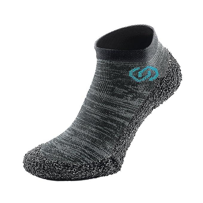 Skinners - Calcetines minimalistas para pies descalzos, ultraportátiles y ligeros, (Metal Grey (Blue Logo)), XS: Amazon.es: Ropa y accesorios