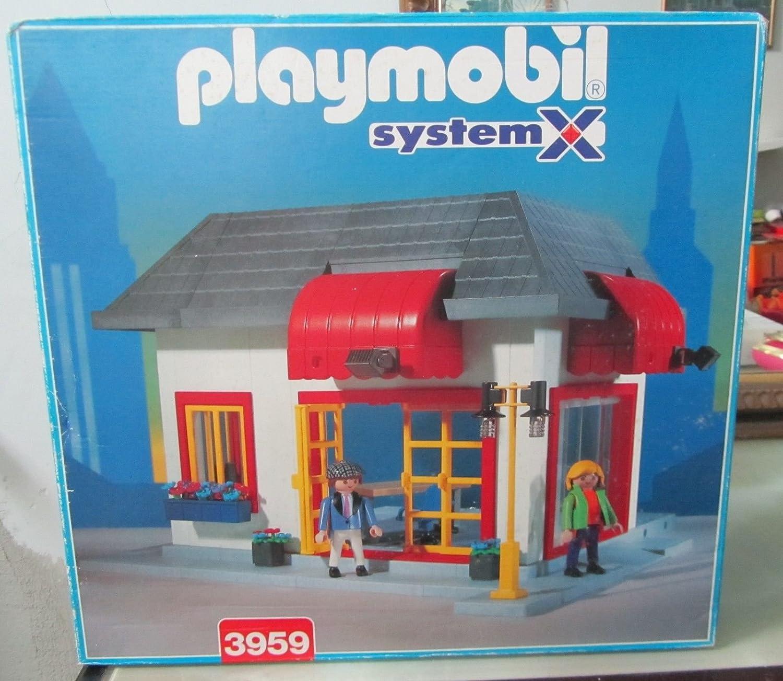 B000PMYMYS Playmobil City Life - Small House 811OvldwJjL.SL1500_