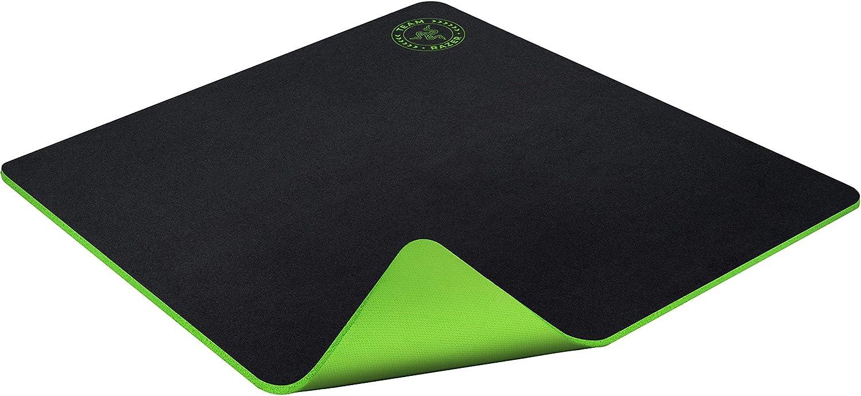 Razer Gigantus: Ultra Large Size Cloth Esports Gaming Mouse Mat Optimized Gaming Surface 5 mm Thick Rubberized Base