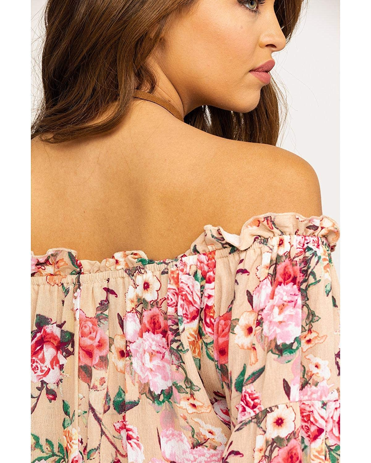 aae48d9c0ab42 Panhandle Women s Red Label by Coral Floral Crinkle Off Shoulder Bell  Sleeve Top at Amazon Women s Clothing store