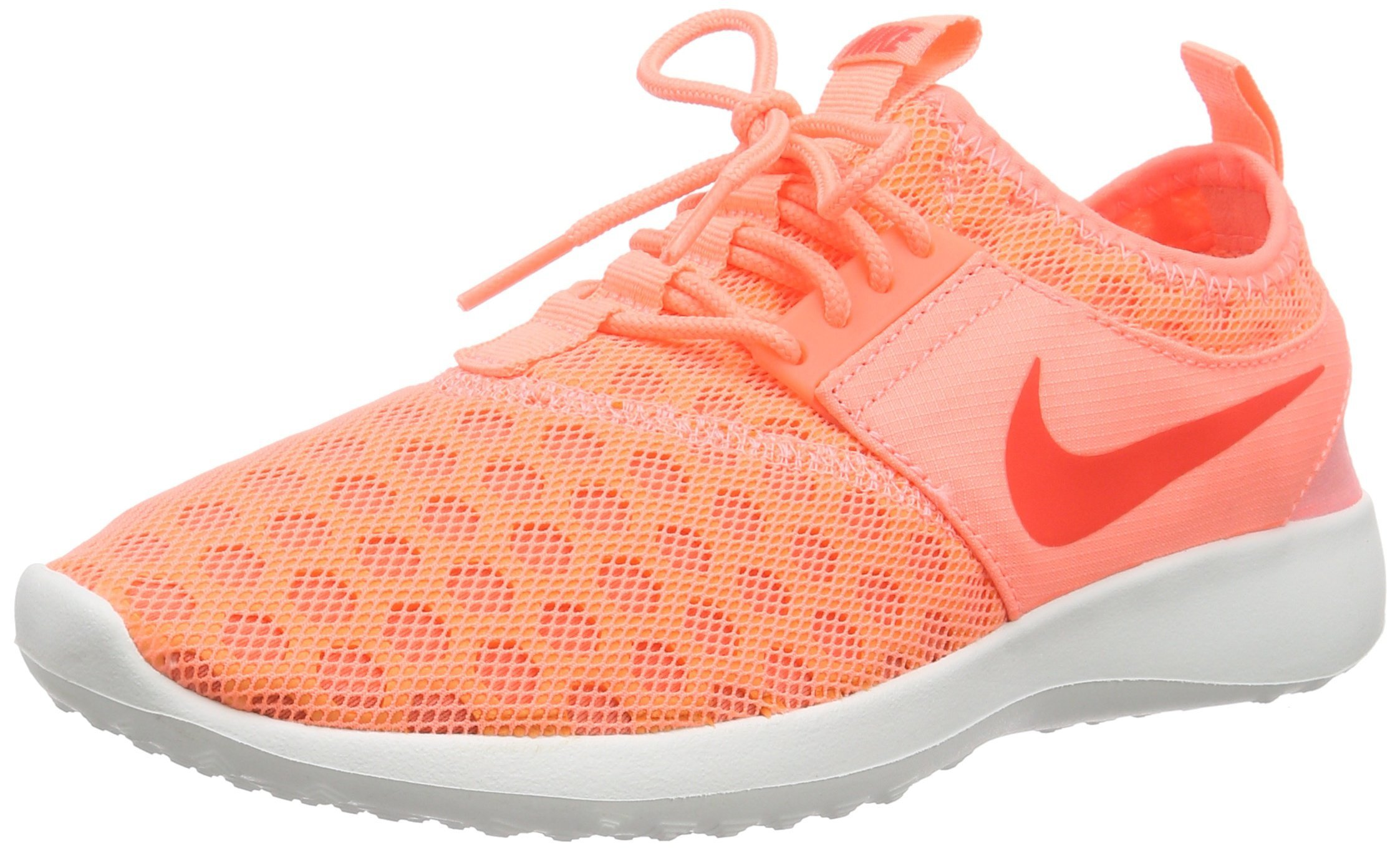 NIKE Women's Juvenate Sneaker, Atomic Pink/Bright Crimson, 6 B US