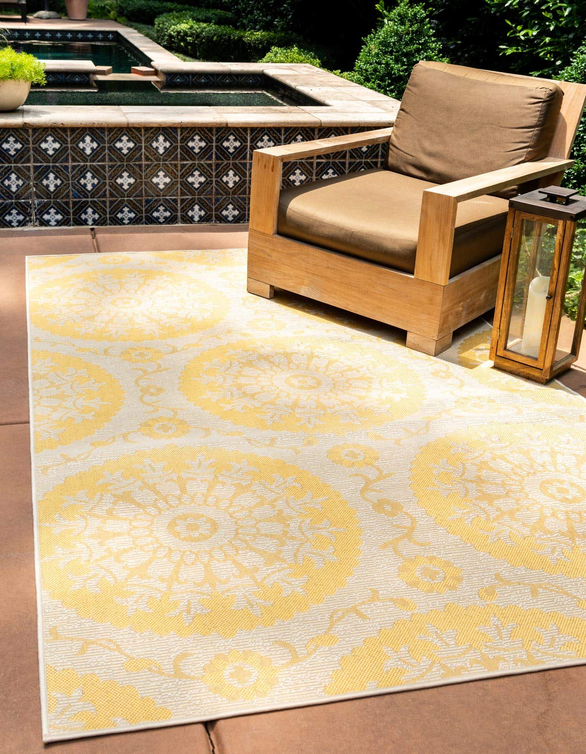 Unique Loom Outdoor Botanical Collection Floral Abstract Transitional Indoor and Outdoor Flatweave Yellow Area Rug 5 3 x 8 0