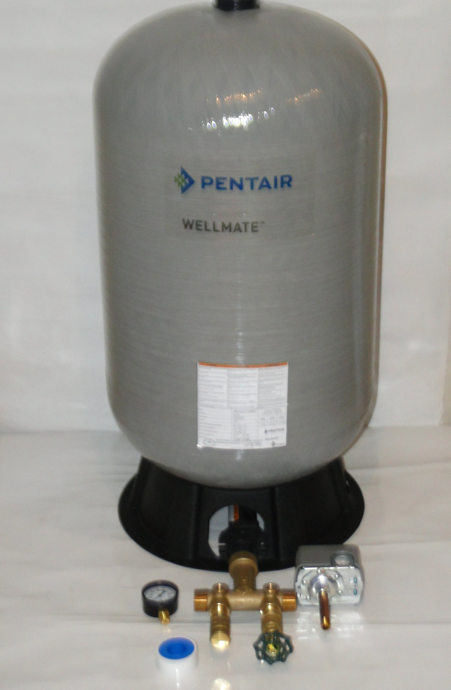 WELLMATE PENTAIR WM6 WM-6 20 gallon quick connect + Brass tank tee install kit Free standing Water Well PRESSURE TANK by Pentair