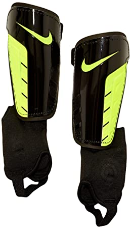 Taille Protège Tibias Park Football Noirjaune S De Shield Nike xHA1PTw
