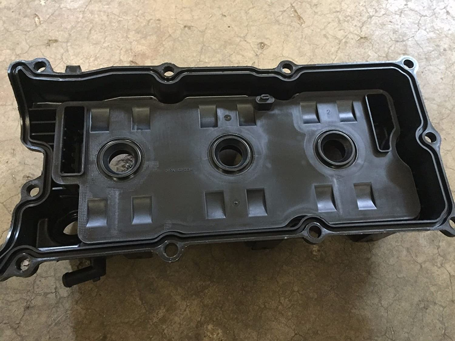 Valve Cover Assembly Genuine Nissan 13264-EA210