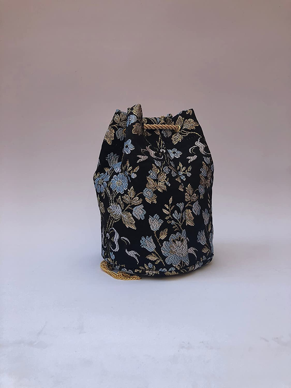 d371d0355 Bolso Bombonera de tela fallera valenciana negra con estampado de flores  doradas y azules: Amazon.es: Handmade