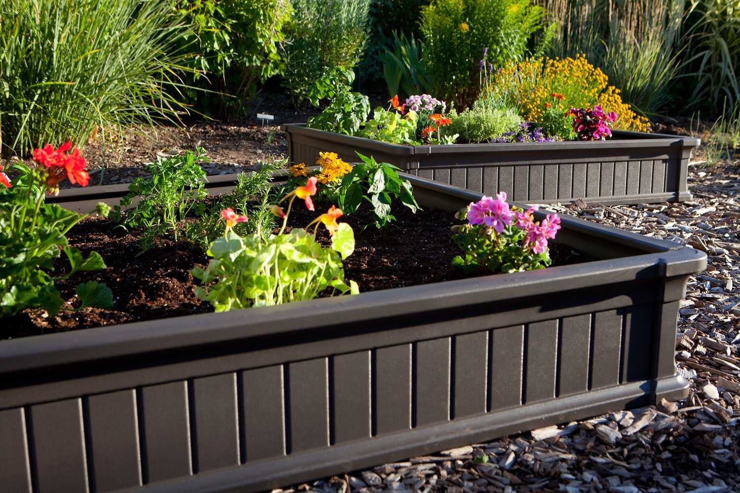 Amazoncom Lifetime 60053 Raised Garde Bed