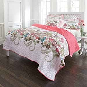 BrylaneHome Jardin Floral Spring Quilt - Full/Queen, White Pink