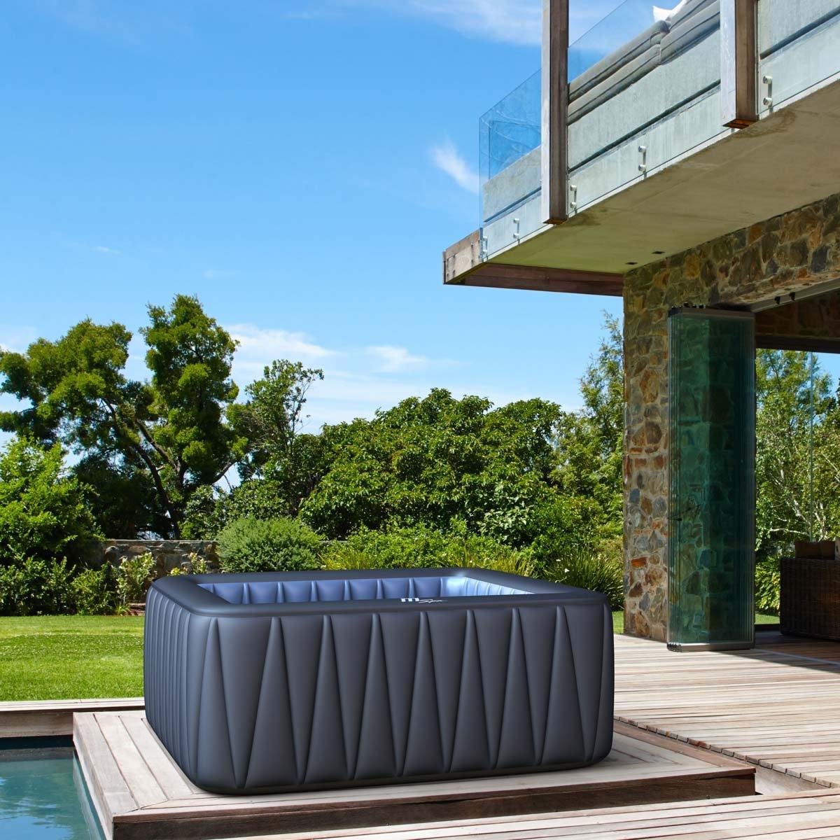 Indoor Whirlpool | Jacuzzi innen - Entspannung zuhause | Darauf müssen sie achten! 1
