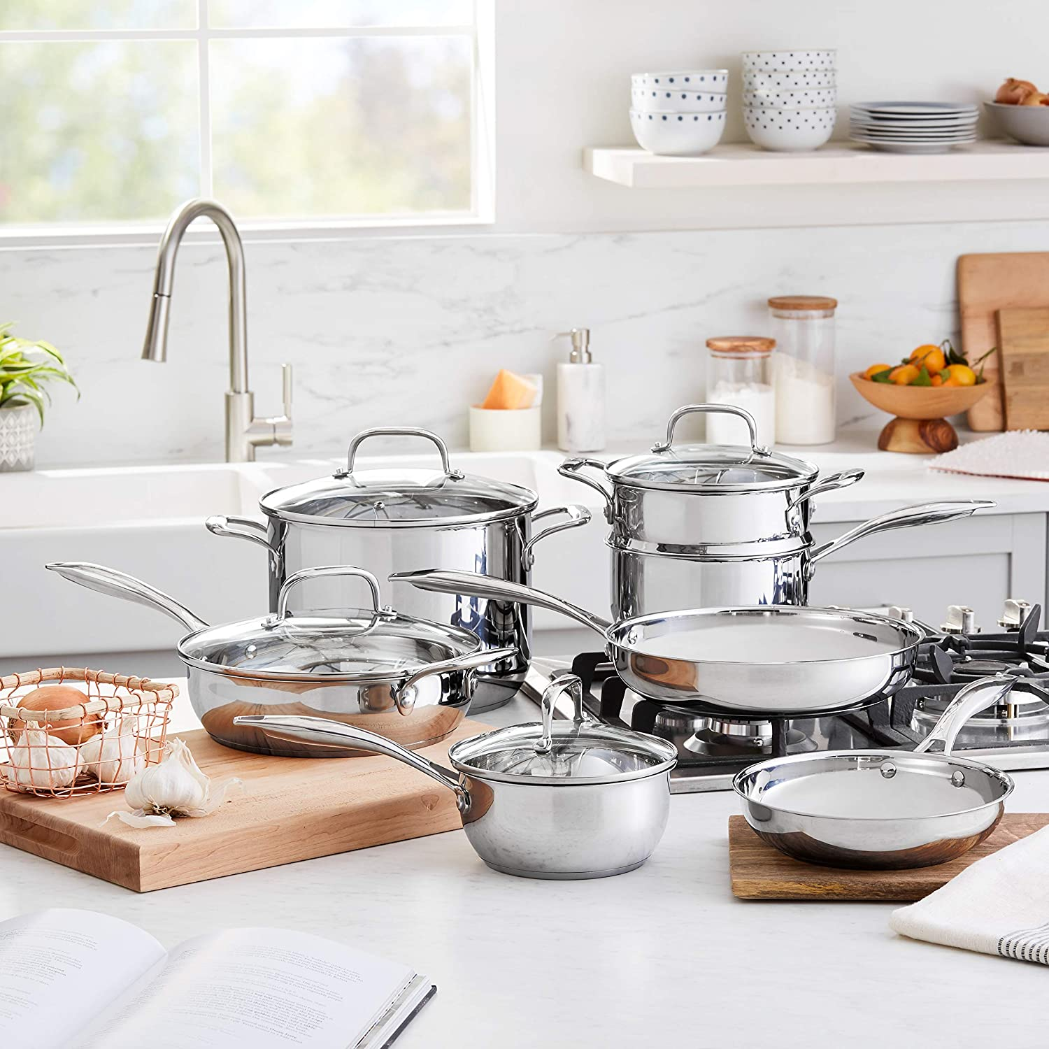 AmazonBasics Best cookware for gas stove