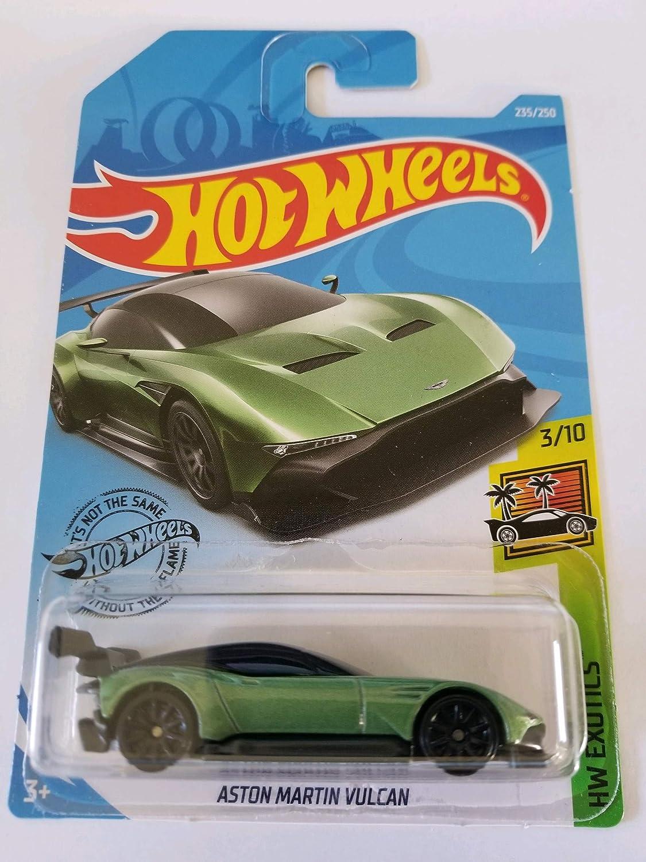 Hot Wheels Aston Martin Vulcan 1 64 Amazon De Spielzeug