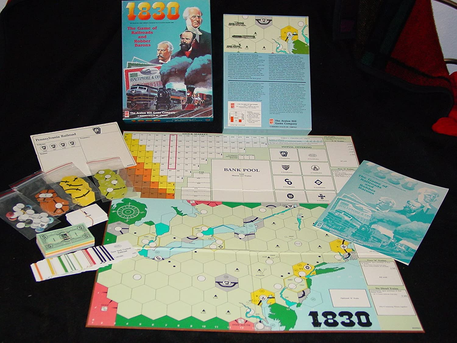 Avalon Hill - 1830 the Game of Railroads & Robber Barons by Avalon Hill: Amazon.es: Juguetes y juegos