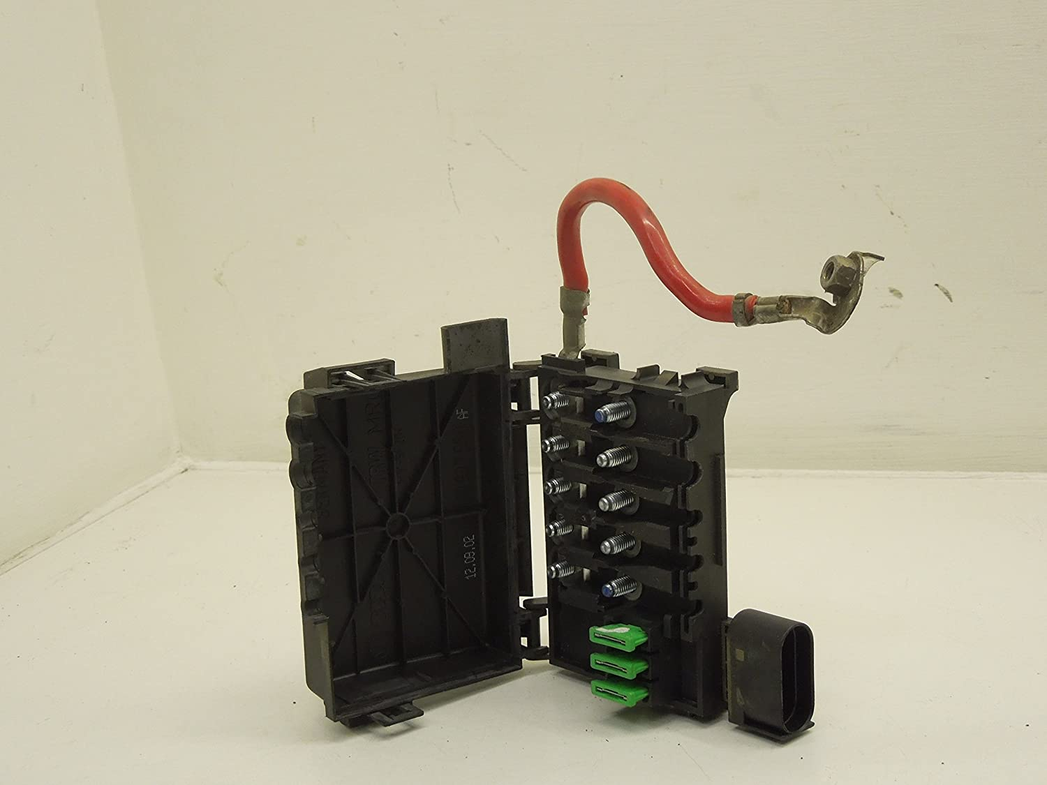 Audi A3 8l Fuse Box Wiring Library Battery Holder Amazoncouk Car Motorbike