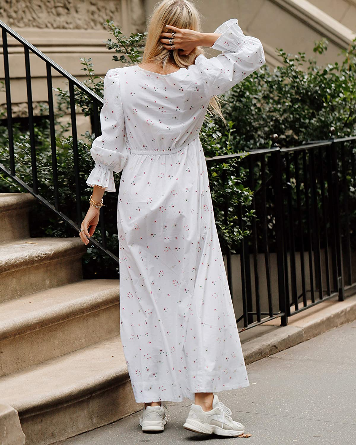 The Drop Women's White Floral Print Loose Fit V-Neck Maxi Dress by @thefashionguitar White Floral Print